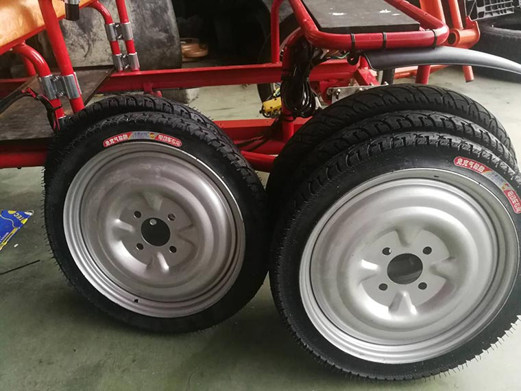 Solid tires for mini truck (no gas filled)